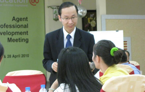 Francis Hùng từng là sinh viên đại học Luật